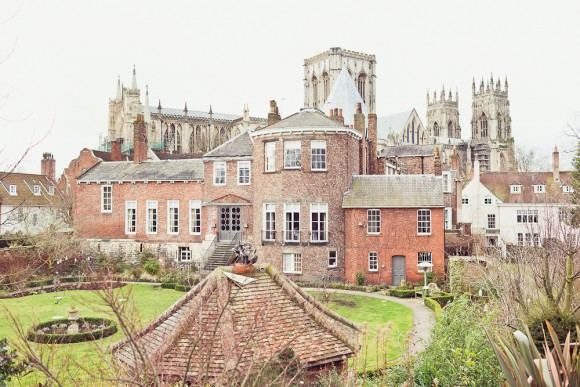 A Pretty Wedding in York (c) Carly Bevan Photography (2)