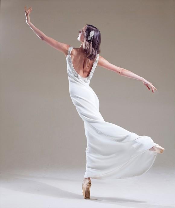 Emillienne_dancing
