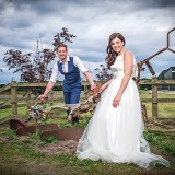 A Country Wedding at Homestead Farm (c) Ollie Gyte Photography (39)