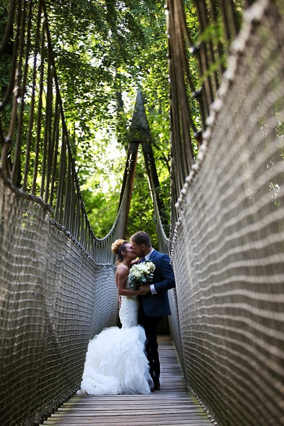 A Treehouse Wedding at The Alnwick Garden (c) Sarah Thew Photography (19)