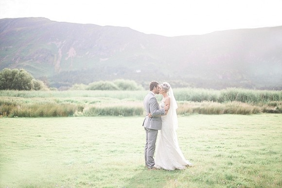 An Elegant Blush & Grey Wedding in the Lake District (c) Bethany Sunners (43)