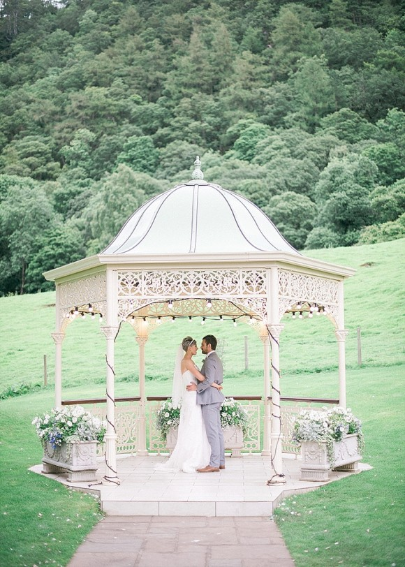 An Elegant Blush & Grey Wedding in the Lake District (c) Bethany Sunners (46)