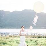 A Pretty Lakeside Bridal Shoot (c) Beth Sunners Photography (36)