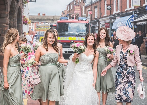 An Outdoor Wedding in Chester (c) Marky Kirk Photography (5)