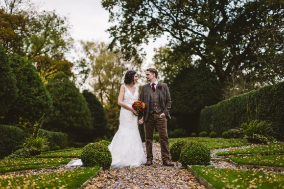 leafy chic. an autumn wedding with a nod to halloween at hilltop country house – joanne & chris