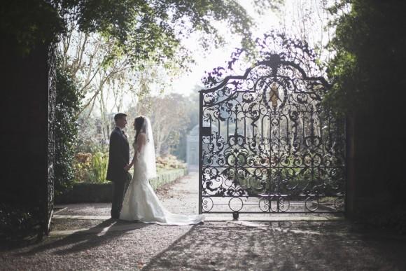 a stunning wedding at Capesthorne Hall (c) Melissa Beattie (45)