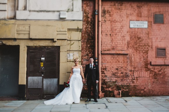 winter wishes. alan hannah for a black & white themed wedding in manchester – laura & david