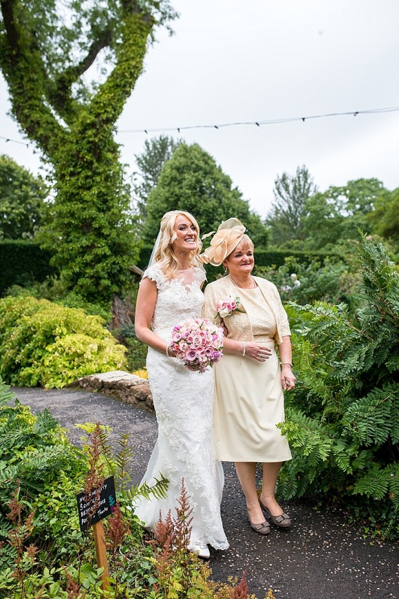 A Fairytale Wedding at Ness Gardens (c) Emma Hillier Photography (14)
