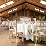 A Tuscan Wedding at Owen House Barn (c) Suzy Wimbourne Photography (17)