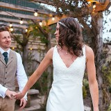A Tuscan Wedding at Owen House Barn (c) Suzy Wimbourne Photography (72)