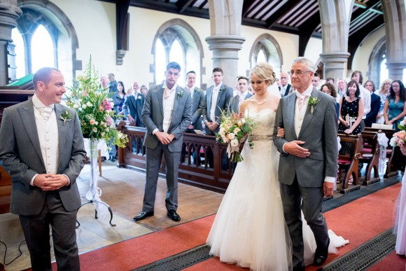 A Rustic Vintage Wedding in the North West (c) Zen Photographic (19)