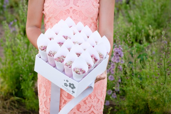 ShropshirePetals.com Shropshire Box with White and Pink cones and Blush £45 (2)