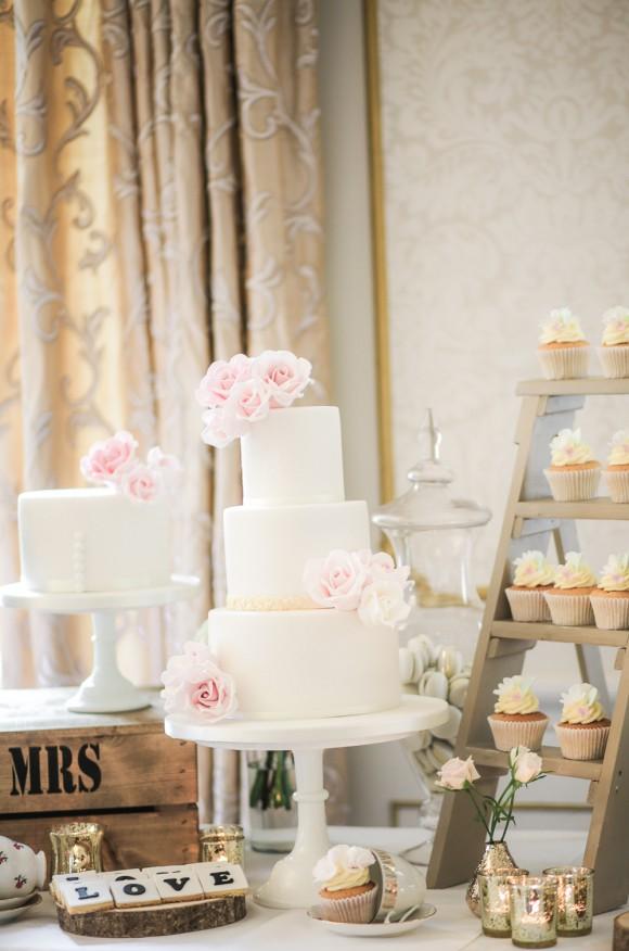 a-beautiful-wedding-at-lartington-hall-c-helen-russell-photography-90
