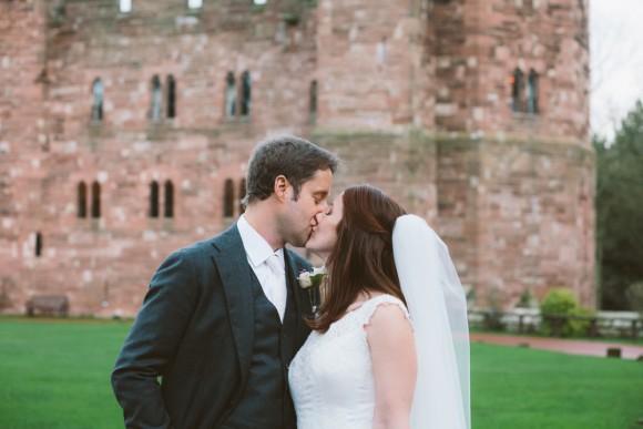 an-elegant-wedding-at-peckforton-castle-c-jonny-draper-photography-45