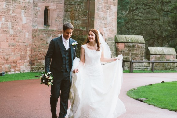 an-elegant-wedding-at-peckforton-castle-c-jonny-draper-photography-47