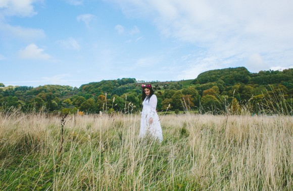 an-autumn-styled-shoot-at-eyam-hall-c-ellie-grace-photography-30