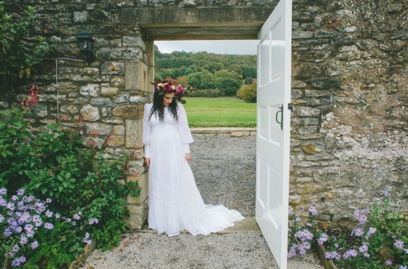 autumnal opulence – a seasonal styled shoot at eyam hall, derbyshire