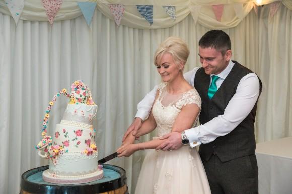 bubbles-blooms-house-of-mooshki-for-a-relaxed-wedding-at-vallum-farm-emma-stuart