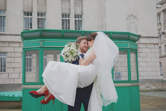A Chic City Wedding in Liverpool (c) Starwinkle Photography (36)