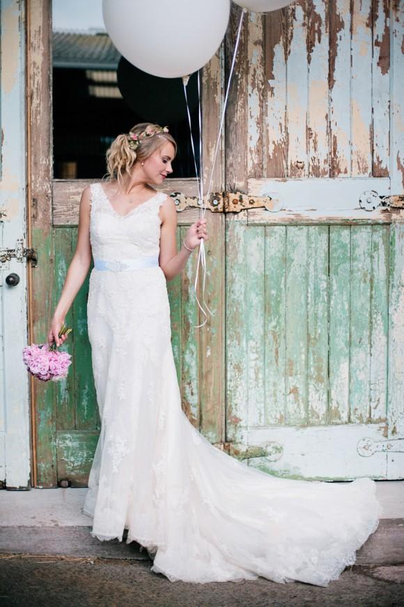 A Pretty Country Wedding in Cheshire (c) Jo Bradbury Photography (43)