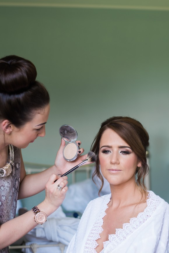A Shabby Chic Wedding at Saltmarshe Hall (c) Claire Louise Photography (19)