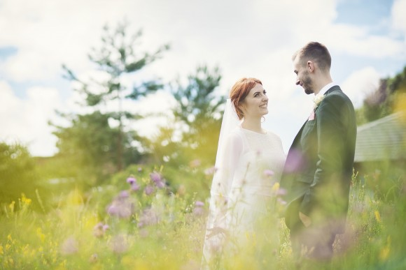a posh picnic. a boho wedding at the national wildflower centre in liverpool – hannah & leon
