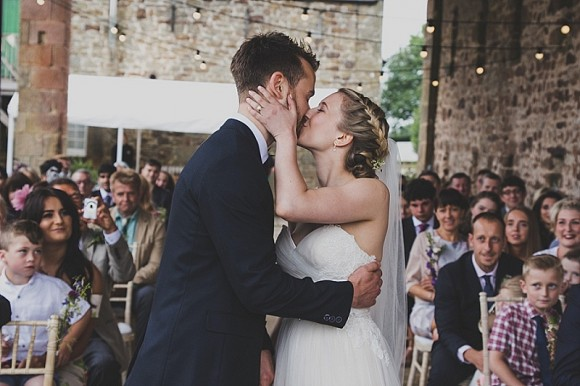 A Relaxed Wedding at High House Farm Brewery (c) Erin Photography (19)