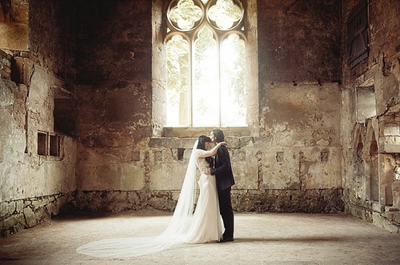 A Rustic Wedding at Skipton Castle (c) Bethany Clarke (37)