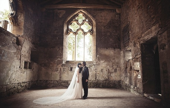 A Rustic Wedding at Skipton Castle (c) Bethany Clarke (39)