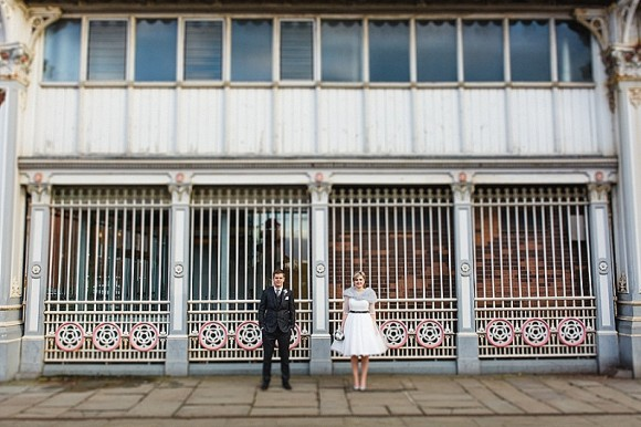 fifty shades. a chic urban wedding at the great john street hotel – jess & rob