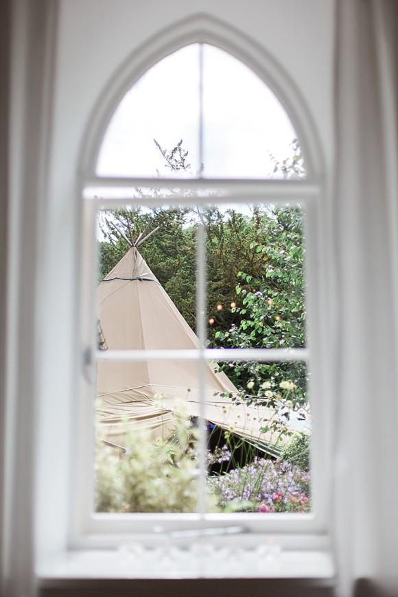 Contemporary Styled Bridal Shoot at Brinkburn Northumberland (c) Melissa Beattie (48)
