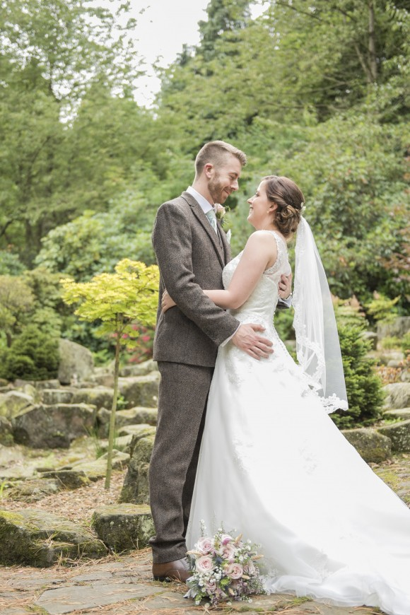 A Mint Green Wedding at Whirlowbrook Hall (c) Jenny Mills Photography (44)