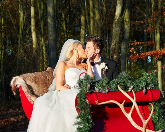 A Magical Winter Wedding at Matfen Hall (c) Philip Ryott (39)