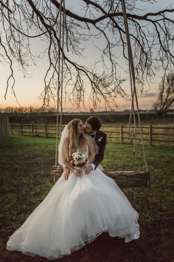 A Winter Wedding at Fishlake Mill (c) Lara Frost Photography (22)