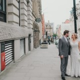 A Chic City Wedding at King Street Townhouse (c) Kate McCarty Photography (31)