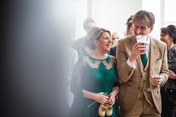 going green. a laidback wedding at woodend creative – cheryl & paul