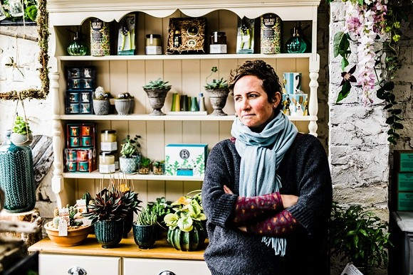 contemporary, caring & cutting-edge: fantail designer florist