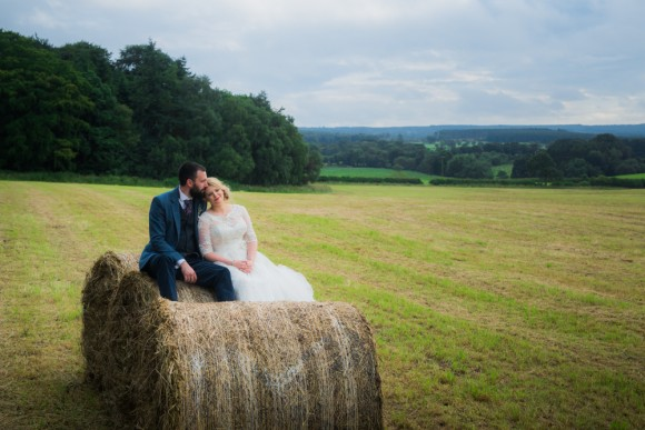 Pretty Wedding at Healey Barn (c) Chocolate Chip Photography (36)
