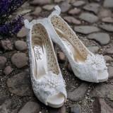 An Elegant Wedding at Ripley Castle (c) Kazooieloki Photography (4)