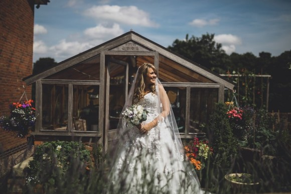A Cheshire Wedding at Home (c) Jess Yarwood (44)