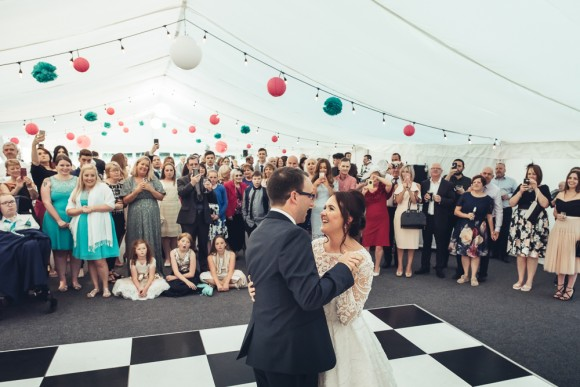 fun of the fair. a cool 1950s american style wedding in the north west – beckie & ste
