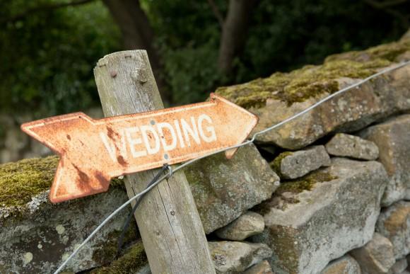 A Romantic Wedding at Danby Castle (c) Paul Hawkett Photography (14)