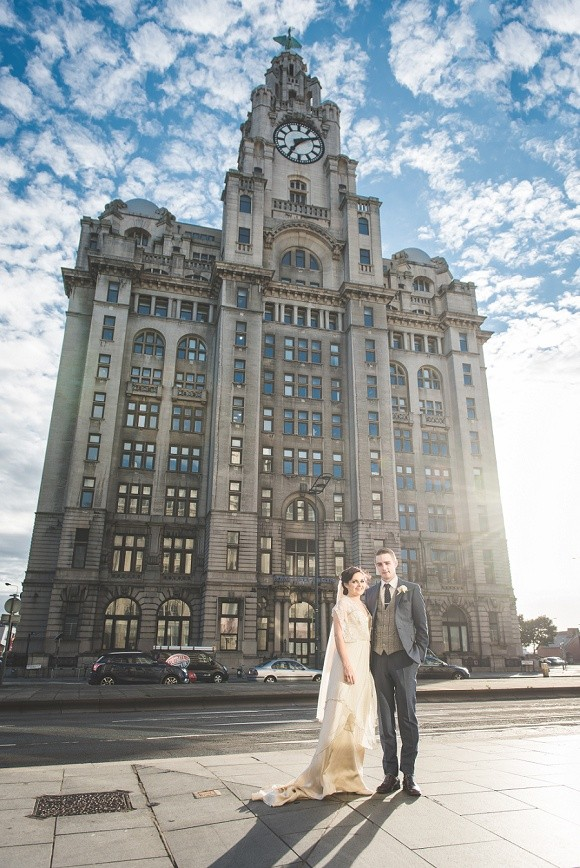 real wedding recap 2017: catherine deane for a vintage inspired wedding in liverpool – aimee & chris