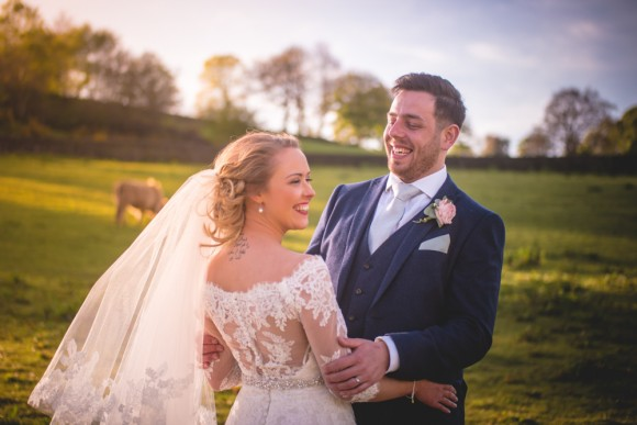 rustic charm. a chic barn wedding in the peak district – josie & romin