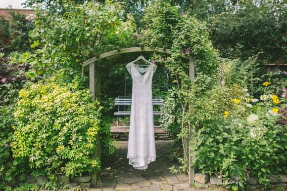 A Chic Garden Wedding at Eleven Didsbury Park (c) Nik Bryant (24)