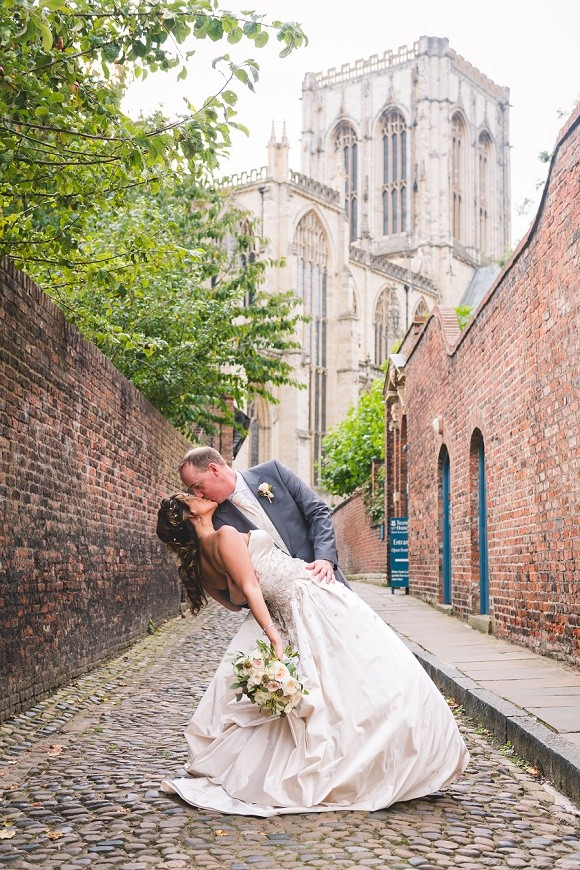 A Pretty City Wedding in York (c) Richard Perry Photography (24)