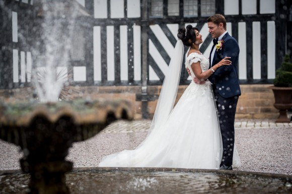 An Elegant Wedding On The Wirral (c) James Tracey Photography (31)