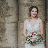 Country Luxe at Castle Farm Barn (c) Laura Calderwood Photography (11)