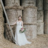 Country Luxe at Castle Farm Barn (c) Laura Calderwood Photography (14)