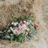 Country Luxe at Castle Farm Barn (c) Laura Calderwood Photography (8)